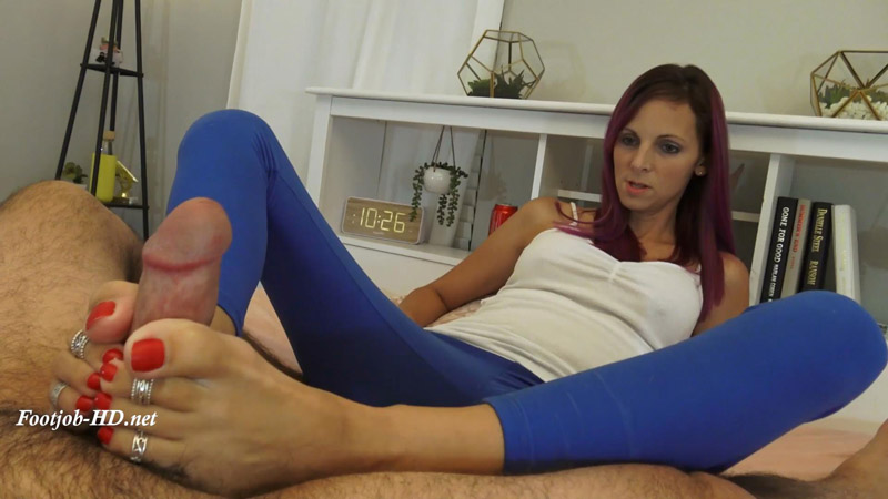 Oh No, She Kicked You In the Balls! Let Me Make You Feel Better! – Kinky Foot Girl