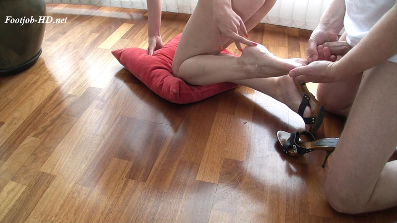 Pussy Play and Sticky Soles – Adventures with Footjobs – Gina Monelli