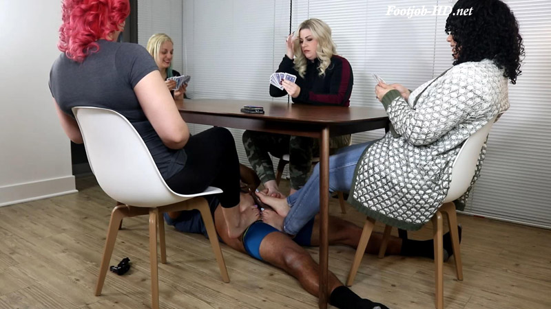 Ignored During Card Game - Joey's FeetGirls