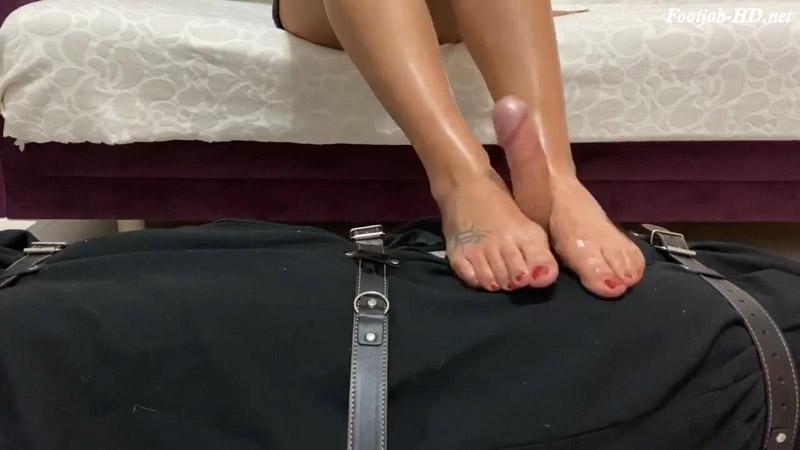 Footjobs in bondage human bodybag – Foot Fetish Dom