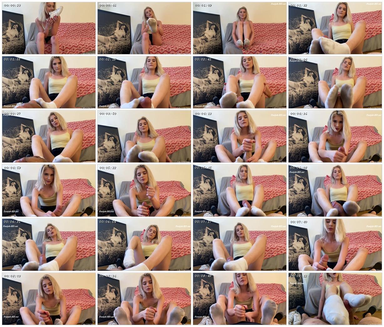 Jessie Saints Dirty Socked Footjob - Bratty Babes Own You_scrlist