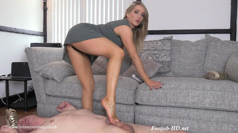 Slave To My Feet - Mistress Courtney