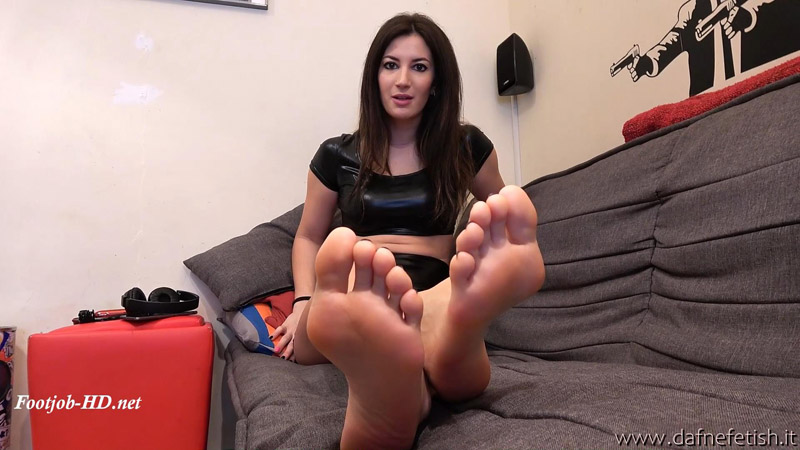 Lilian footjob – Dafnefetish The fetish service