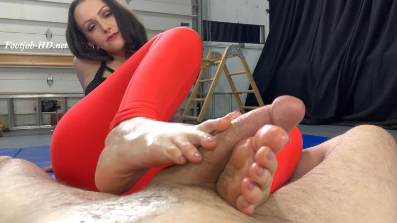 Lola Jean's Yoga Feet - Foot Guy James Footjobs