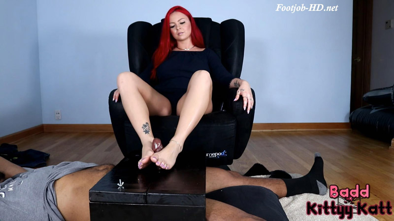 Cockbox Foot job with Joey – Badd Kittyy Katt