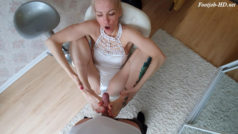 Footjob by Beautiful Slim Tattoed Blonde – Masha Markova