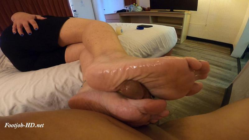 Ridin Wavy Soles - Milking Footjobs