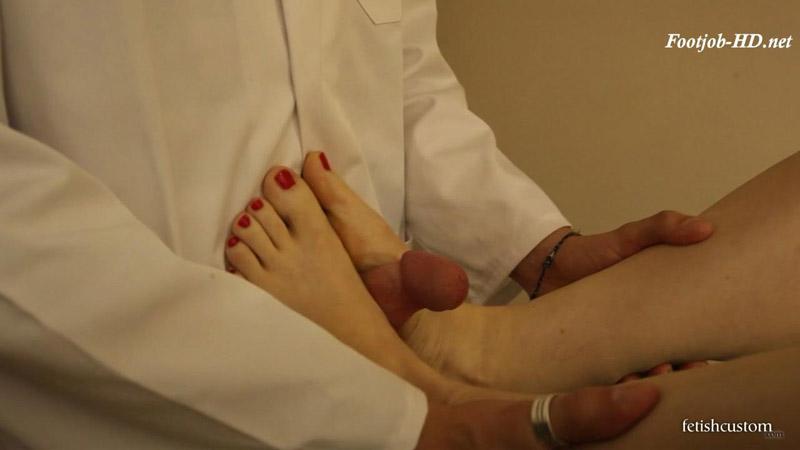Tina Kay Medical Foot Fuck – Fetish Custom – Videos on Demand