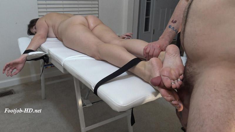 Good Massage, Bad Massage – Kinky Foot Girl