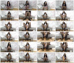 Footjob In Stockings For My Fans – Cassie Clarke_scrlist