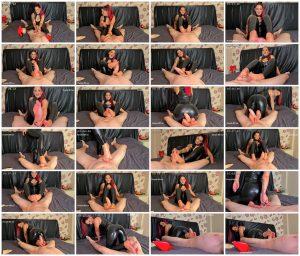 Gigantic Cock Foot Job! – Lady Onyx_scrlist